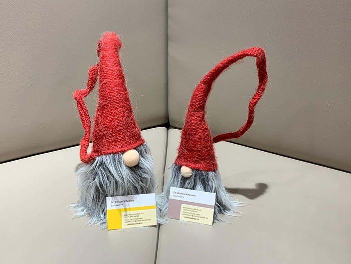 Ihre Augenärztinnen in Ettlingen und das Praxisteam wünschen fröhliche Weihnachten